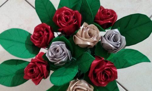 Rose in raso