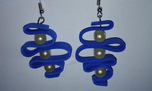 Orecchini in gomma crepla con perline