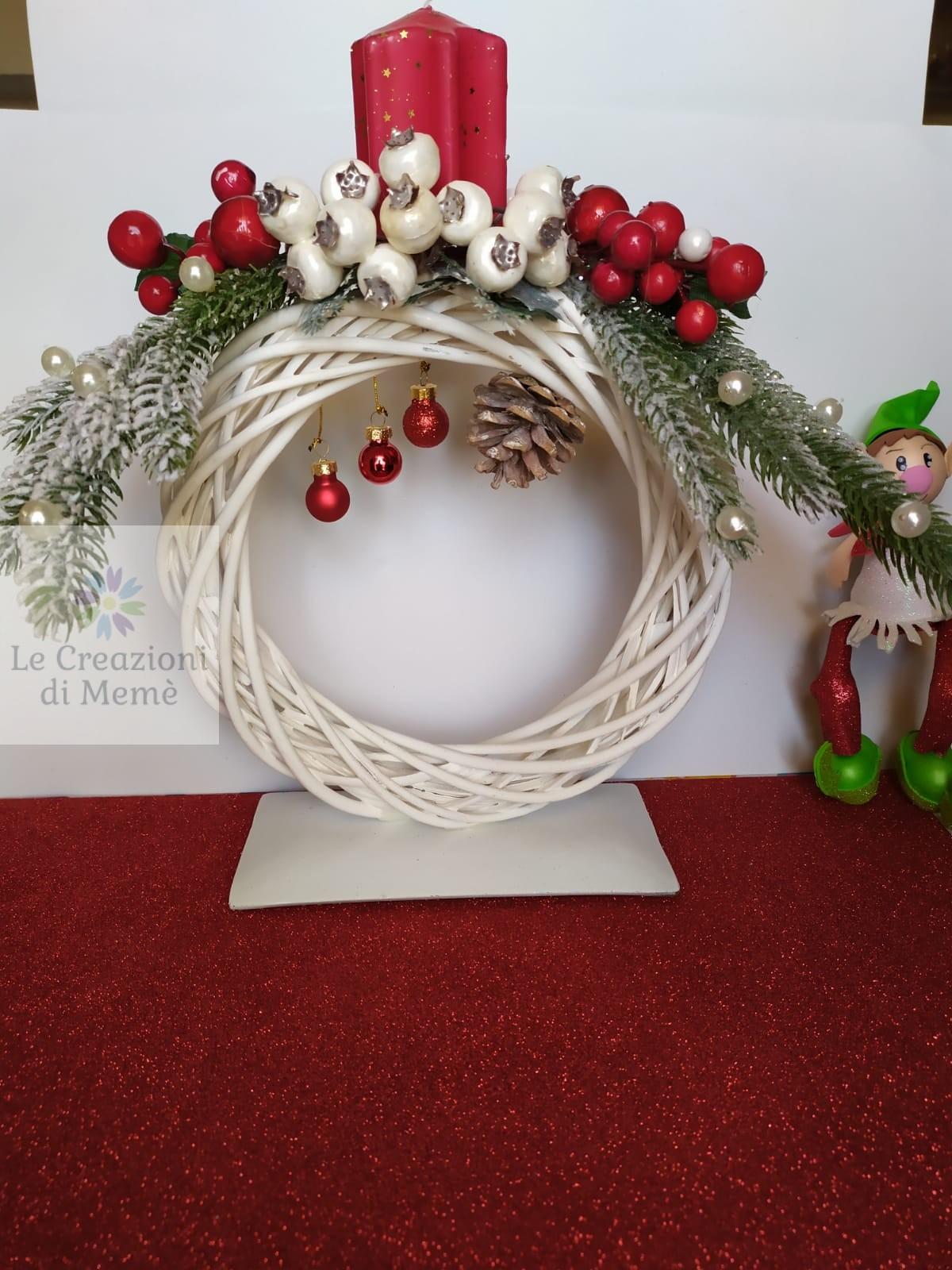 Centrotavola natalizio con elfo