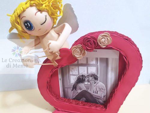 Portafoto a forma di cuore con Cupido